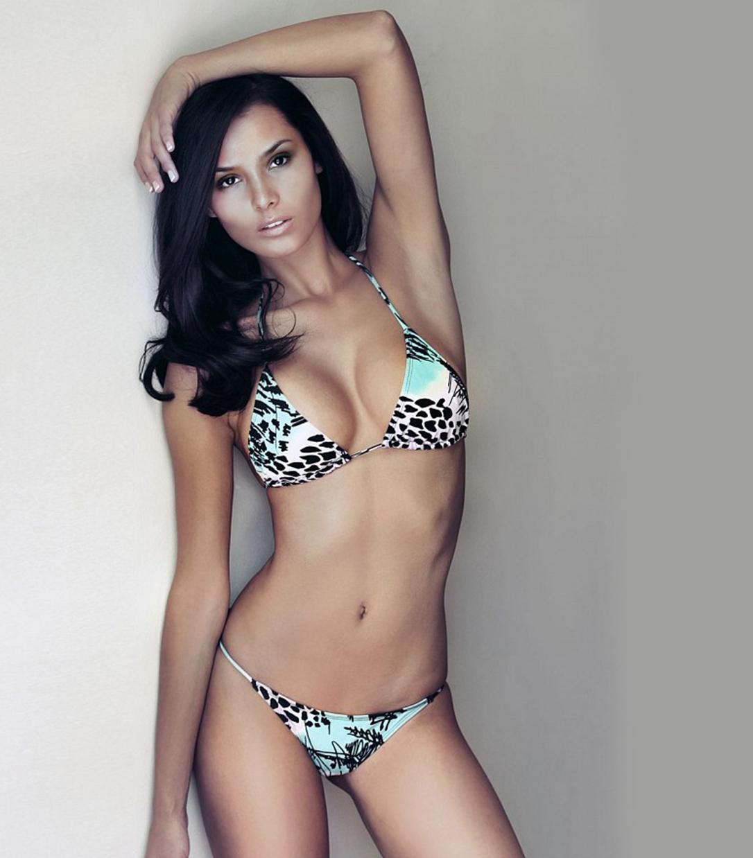 Penelope Saenz Nude Photos 49